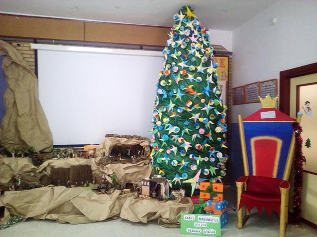 Math Tree Nativity